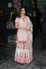 Sophie Choudry at Arpita Khan_s home for Ganesh Chaturthi on 2nd Sept 2019 (23)_5d6e264f42639.JPG