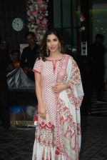 Sophie Choudry at Arpita Khan_s home for Ganesh Chaturthi on 2nd Sept 2019 (28)_5d6e265be9de0.JPG