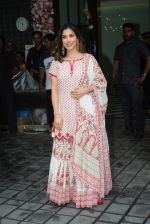 Sophie Choudry at Arpita Khan_s home for Ganesh Chaturthi on 2nd Sept 2019 (33)_5d6e2668cef69.JPG