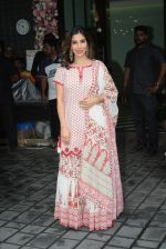 Sophie Choudry at Arpita Khan_s home for Ganesh Chaturthi on 2nd Sept 2019 (34)_5d6e266b58a9a.JPG