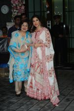 Sophie Choudry at Arpita Khan_s home for Ganesh Chaturthi on 2nd Sept 2019 (36)_5d6e2670ad154.JPG