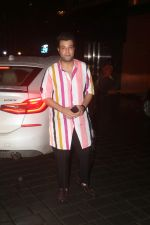 Varun Sharma at Arpita Khan_s home for Ganesh Chaturthi on 2nd Sept 2019 (28)_5d6e25434ea6a.JPG