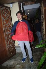 Vivek Oberoi brings ganpati home at juhu on 1st Sept 2019 (5)_5d6e1a9cec2c1.JPG