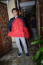 Vivek Oberoi brings ganpati home at juhu on 1st Sept 2019 (7)_5d6e1aa171789.JPG