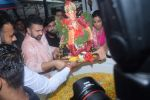 Shilpa Shetty ganpati Visarjan at juhu on 3rd Sept 2019 (32)_5d6f7092d1f67.JPG