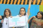 Shraddha Kapoor takes part in protest against the tree cuttings for Metro3 at Aarey in goregaon on 1st Sept 2019 (23)_5d6f6fcf4de63.JPG