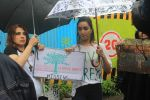 Shraddha Kapoor takes part in protest against the tree cuttings for Metro3 at Aarey in goregaon on 1st Sept 2019 (4)_5d6f6f751c68f.JPG