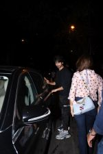 Shahid Kapoor, Mira Rajput spotted at Bandra on 12th Sept 2019 (49)_5d7b3e155c9eb.JPG