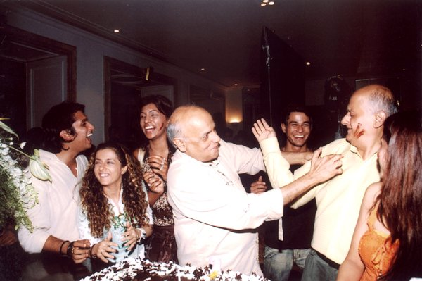 Birthday bash of Mahesh Bhatt