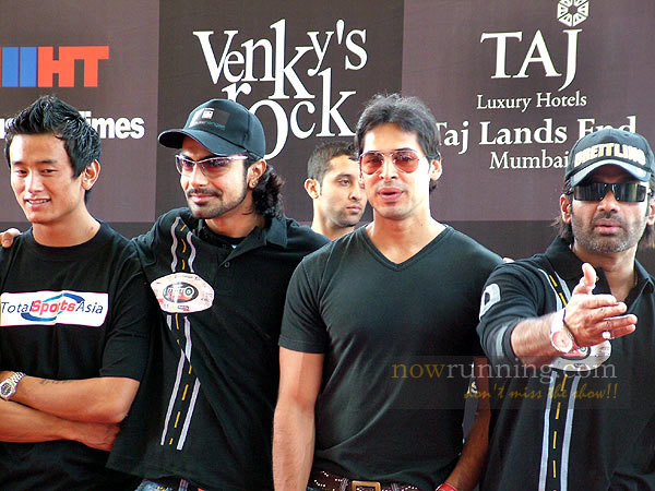 Sunil Shetty, Dino Morea & Ashmit Patel at the Moto Extreme Race