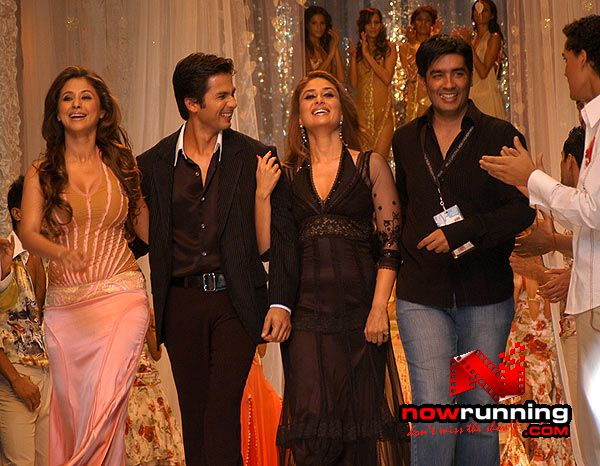 Shahid, Kareena, Urmila, Arjun, Sameera at WLFW in delhi