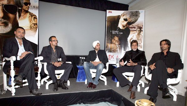 Press Conference of Ek Ajnabee