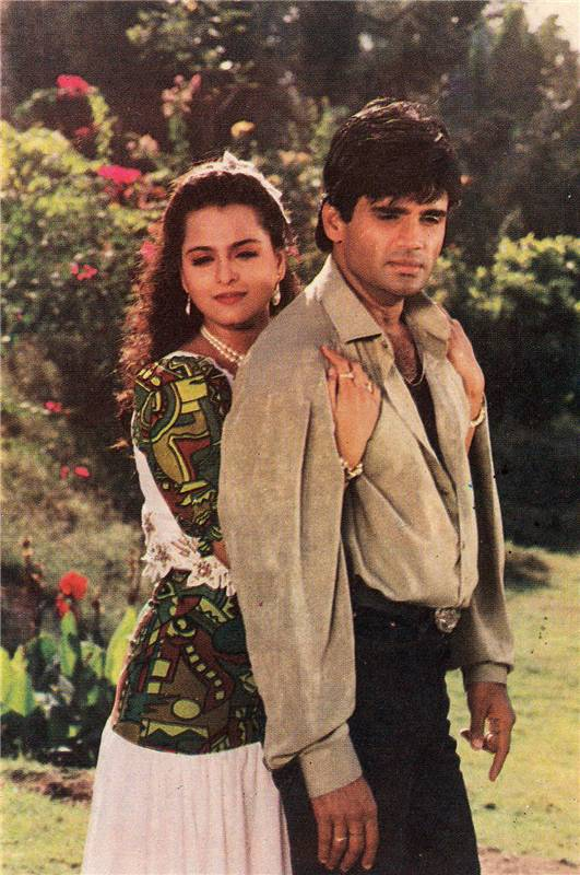 Sunil and Shilpa Shirodkar / Sunil Shetty - Bollywood Photos