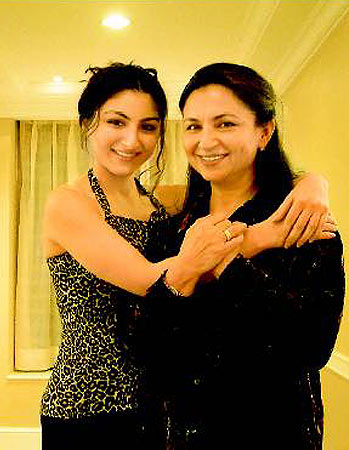 Soha with Sharmila