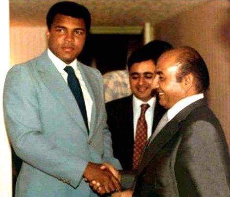 Mohd Rafi meeting with Muhammad Ali