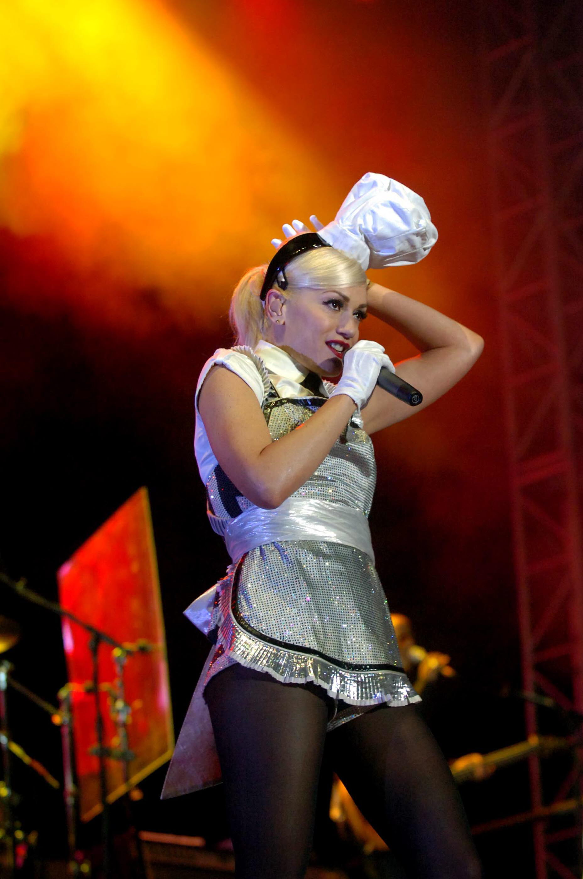 Gwen Stefani performs live in concert in Colombia-5