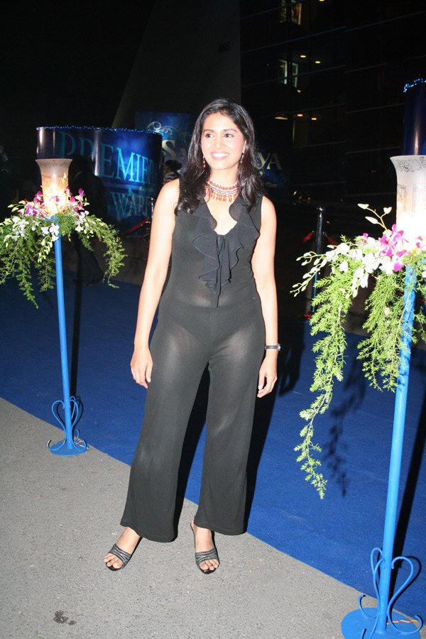 Sonali Kulkarni at the premiere of Saawariya