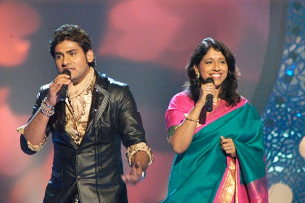 Harshit, Kavita Krishnamurthy on Star Voice of India