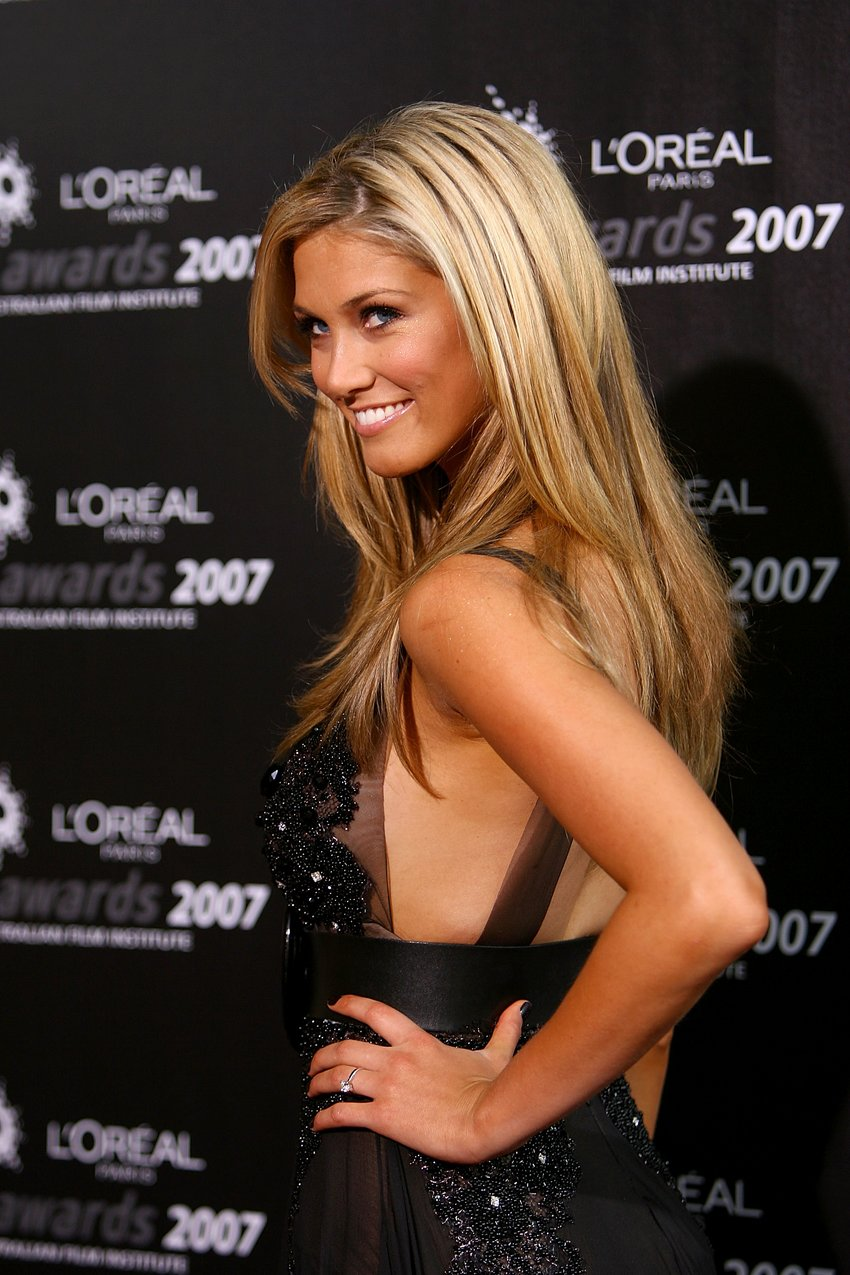 Delta Goodrem extremely attractive @ AFI Awards Dinner-1