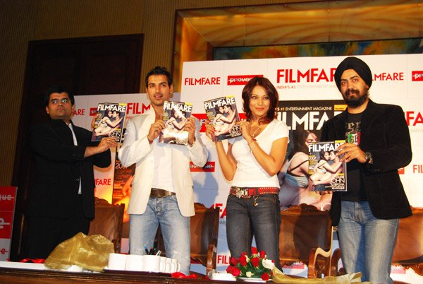 John Abraham, Bipasha Basu at the new filmfare issue launch