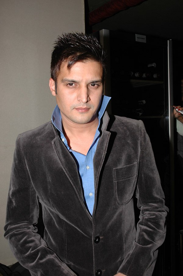 Jimmy Shergill at Channel V celebrates success of India's Hottest