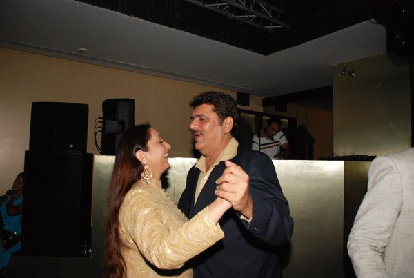 Raza Murad at Shatrughan Sinha's birthday party