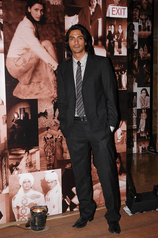 Arjun Rampal celebrates two decades of Indian style