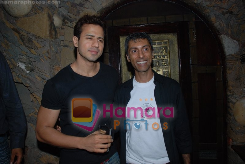 Aryan Vaid at Peekamo.com bash in Keeno's Cottage on June 13th 2008