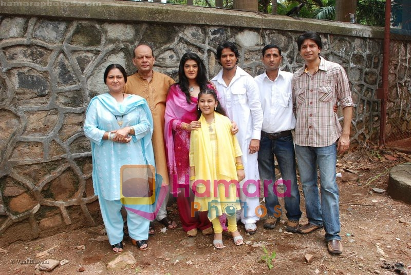 Megha Chatterjee , Smita Jaykar at the mahurat of film Ruslaan at Khoja Bungalow on June 21st 2008