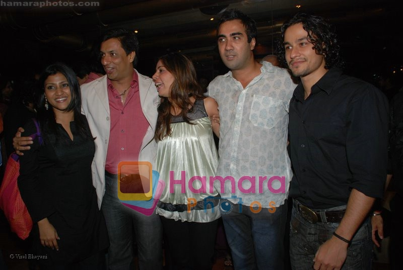 Konkana Sen Sharma, Madhur Bhandarkar, Kunal Khemu at the National Award Winner Madhur Bhandarkar Felicitation Party Hosted By Ashish Shelar at Club 9 on June 21st 2008
