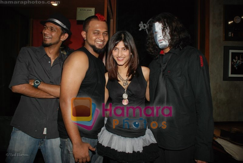 Shruti Hassan at Hard Rock Cafe Live in Hard Rock Cafe on June 24th 2008