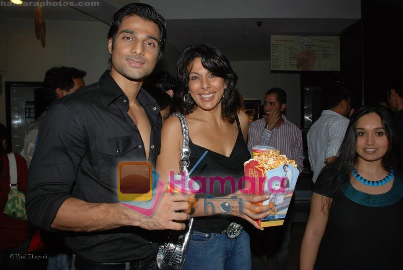 Haneef, Pooja Bedi at the Premiere of Via Darjeeling in  PVR on June 25th 2008
