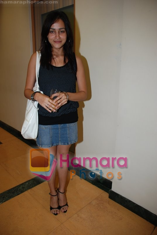 Vasudha Jha at Nagesh Bhosle's wedding anniversary in Country Club on June 25th 2008