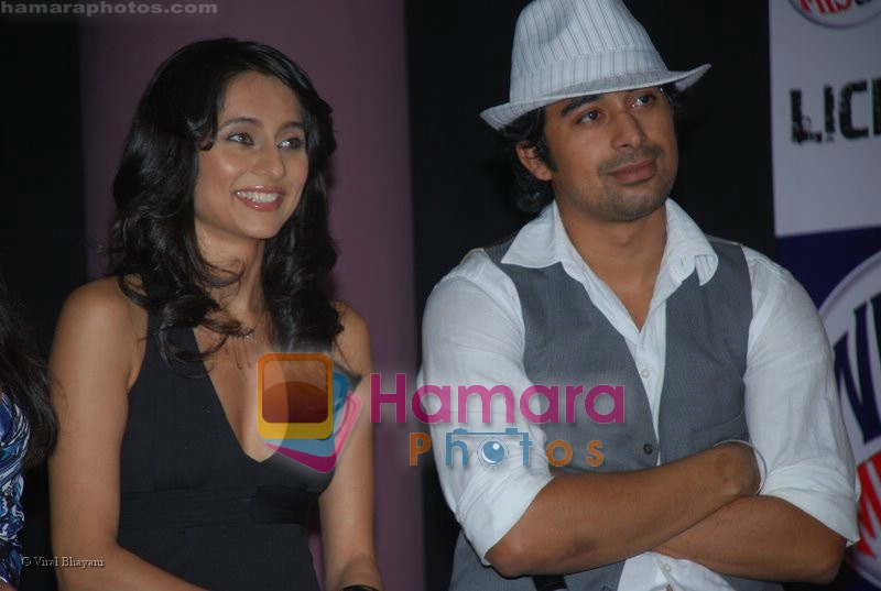 Rannvijay,Anusha Dandekar at MTV License to Flirt launch at Taj Hotel on June 25th 2008