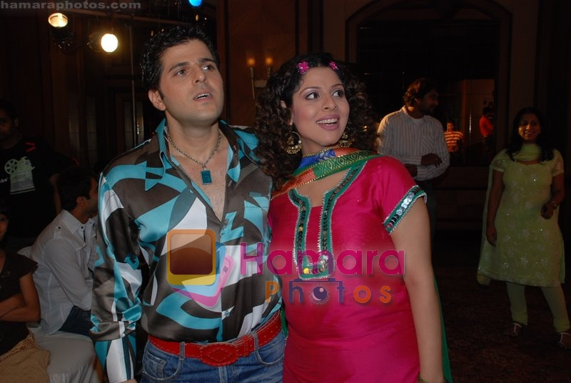 Bhaktiyar, Tanaz Currim at the launch of Sab TV's Lo Ho Gayi Pooja Iss Ghar Ki in Taj Land's End on June 26th 2008