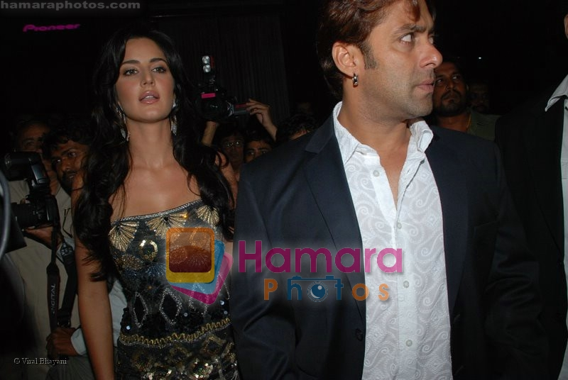Katrina Kaif, Salman Khan at the music launch of Singh is King in Enigma on June 26th 2008