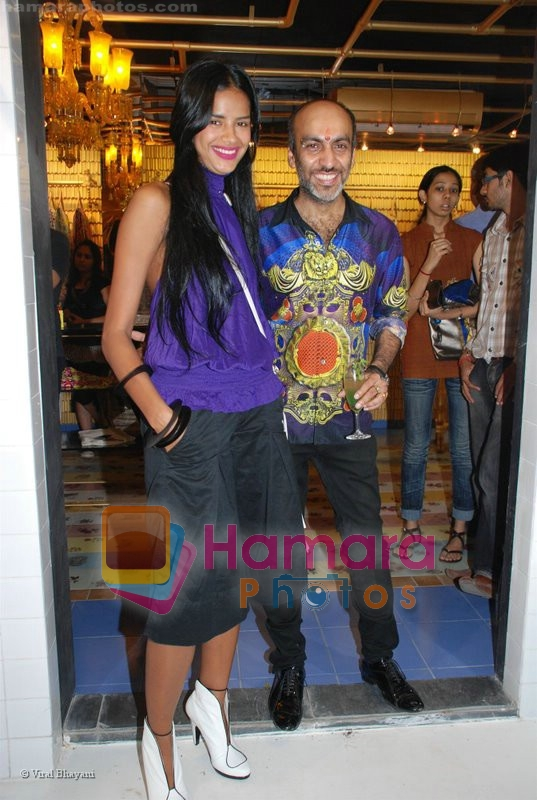 Manish Arora at the launch of D7 store in Mumbai on June 26th 2008