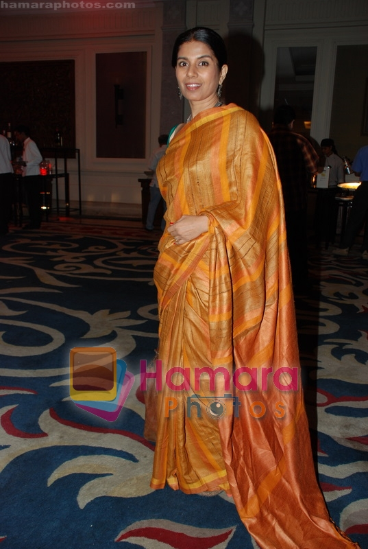 Mita Vashist at Selective poems book launch by Gulzar in ITC Grand Maratha on July 26th 2008