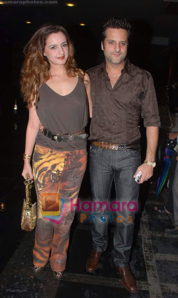 Fardeen Khan with wife Natasha at HDIL Couture week bash in Grand Haytt on 17th September 2008