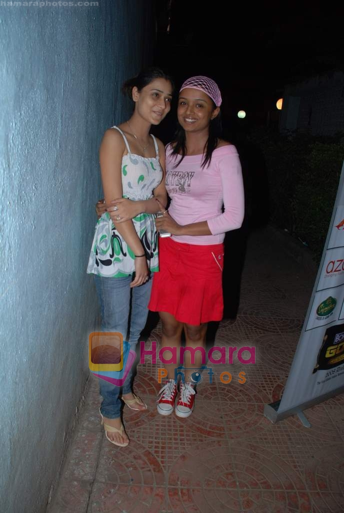 Sarah Khan, Parul Chauhan at Gold TV Awards practice session in