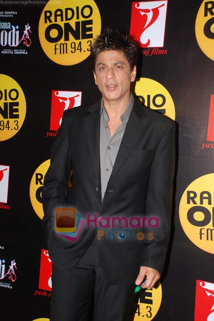 Shahrukh Khan at Radio One 94.3 FM competition on 20th December 2008