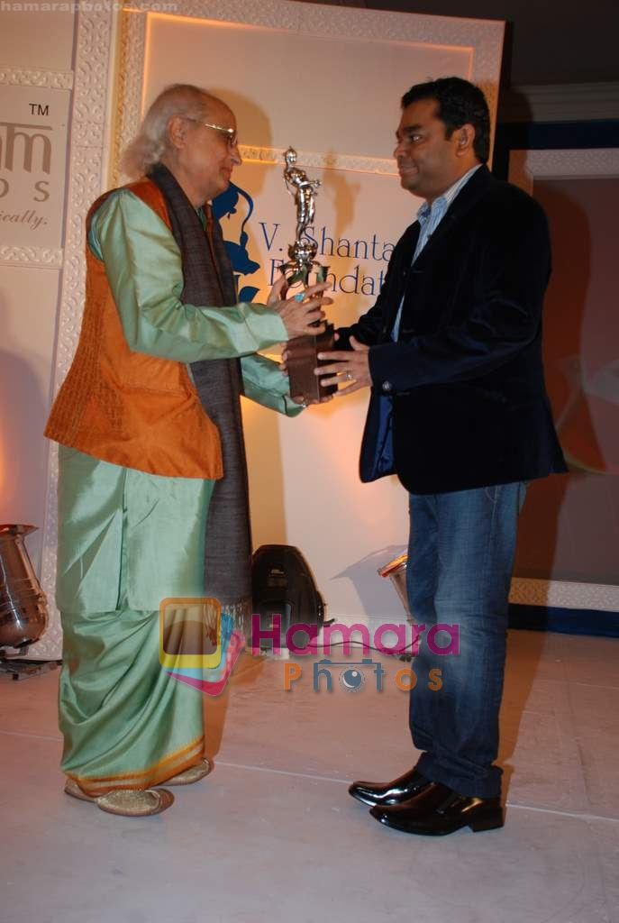 A.R.Rehman, Pandit Jasraj at the V Shantaram Award Ceremony in JW Marriott on 26th Dec 2008