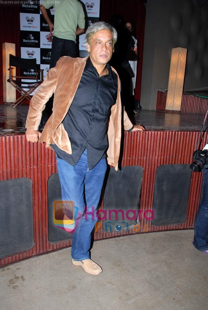 Sudhir Mishra at IIFW Masterclass directors meet in Blue Frog on 27th December 2008
