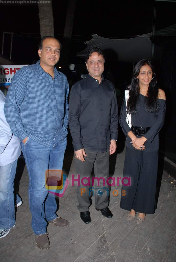 Ashutosh Gowariker with wife sunita, Harry Baweja at Victory film music launch in Vie Lounge on 28th December 2008