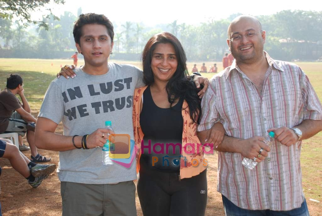 Mohit Suri, Raju Singh and wife Sherley Singh at the event to promote football training at Jamnabhai  grounds in juhu on 29th December 2008
