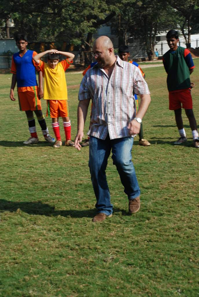 Raju Singh at the event to promote football training at Jamnabhai  grounds in juhu on 29th December 2008