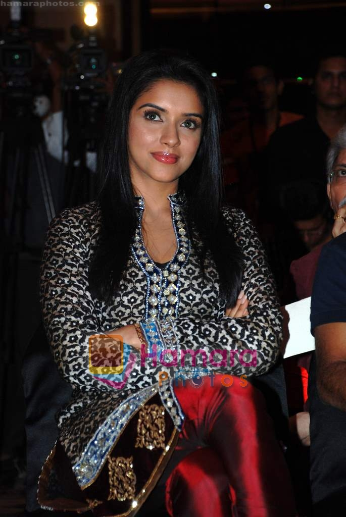Asin Thottumkal at Ghajini success bash in Taj land's End on 30th December 2008