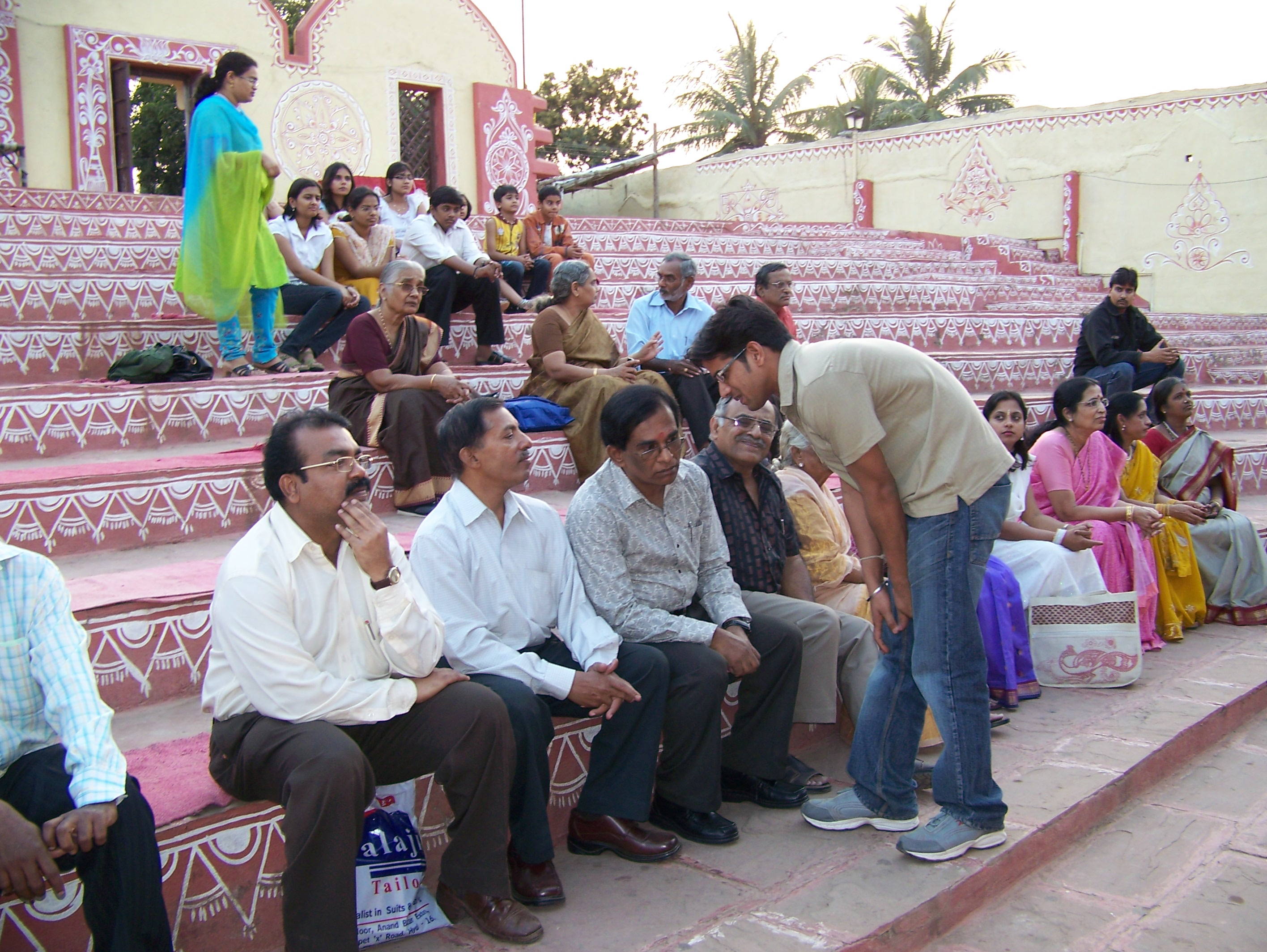 Members of Rafi Foundation, Hyderabad Chapter at PADHARO SE musical show on 25th December 2008