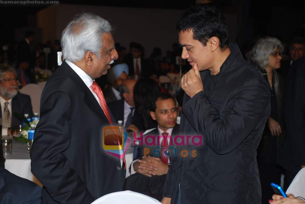 Aamir Khan at CNBC Business Awards in Taj Land's End on 23rd Jan 2009