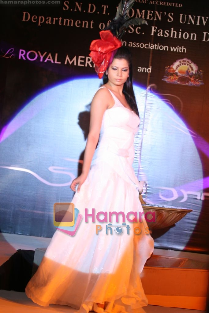 At Sndt College Fashion Show In Le Meridien Andheri Mumbai On 20th Feb 2009 Fashion Events Bollywood Photos